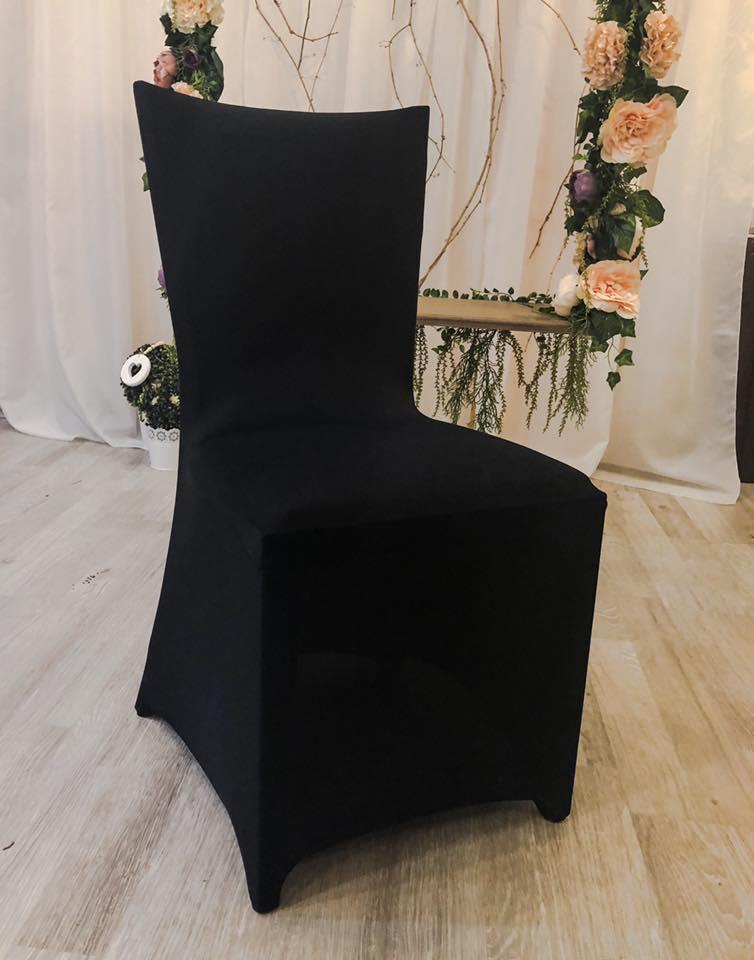 Fekete spandex székhuzat bérelhető 200 főig, ha nem csak fehérben gondolkozol! Rendelés-bérlés és készlet-elérés emailben a tiptopdekor@gmail.com vagy telefonon a  36305429585.
